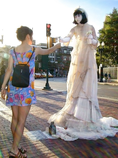 Amanda Palmer 8 foot bride